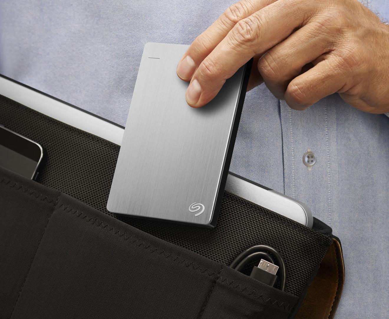 Backup photos from ipad to external hard drive
