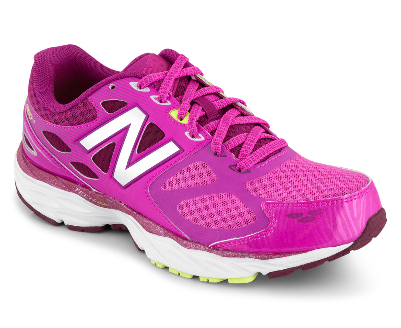 New Balance Women S Wide Fit 680 V3 Shoe Pink Silver