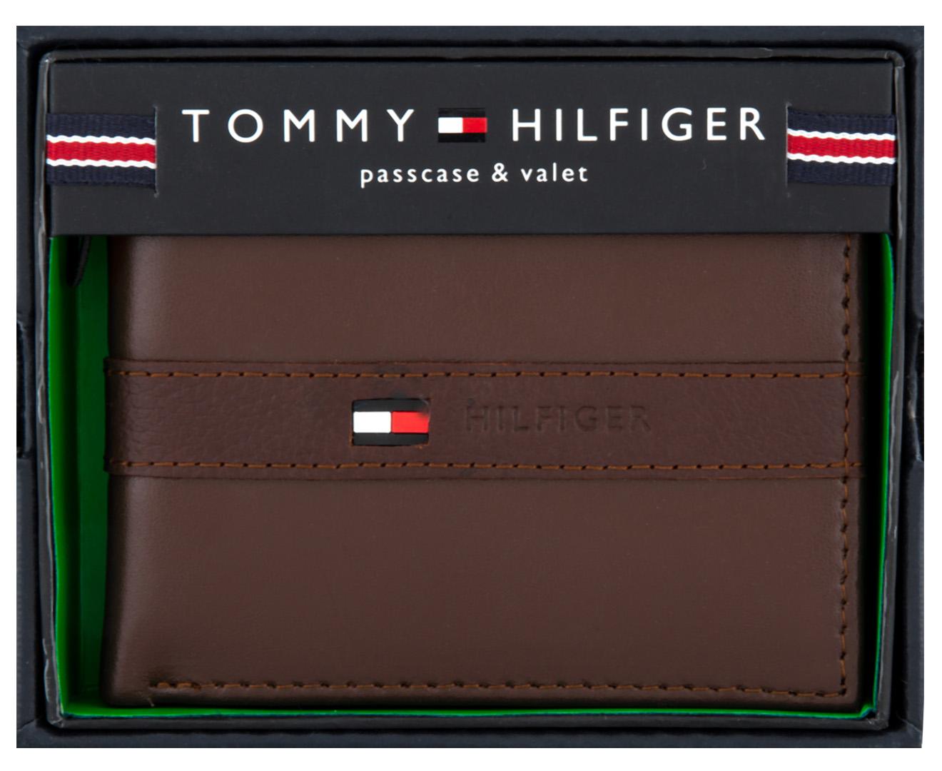 be4c41617109 Tommy Hilfiger Ranger Passcase Billfold Wallet - Cognac