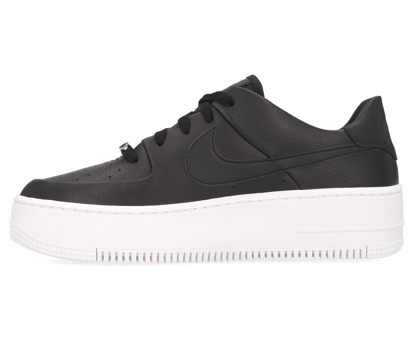 Air Force 1 Sage Low Sneakers - Black